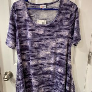 Lularoe Large Perfect T, NWT.